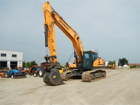 2016 Hyundai HX330L Excavator-Track