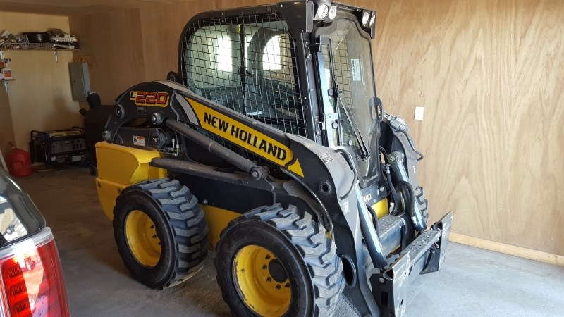 2015 New Holland L220 Skid Steer For Sale