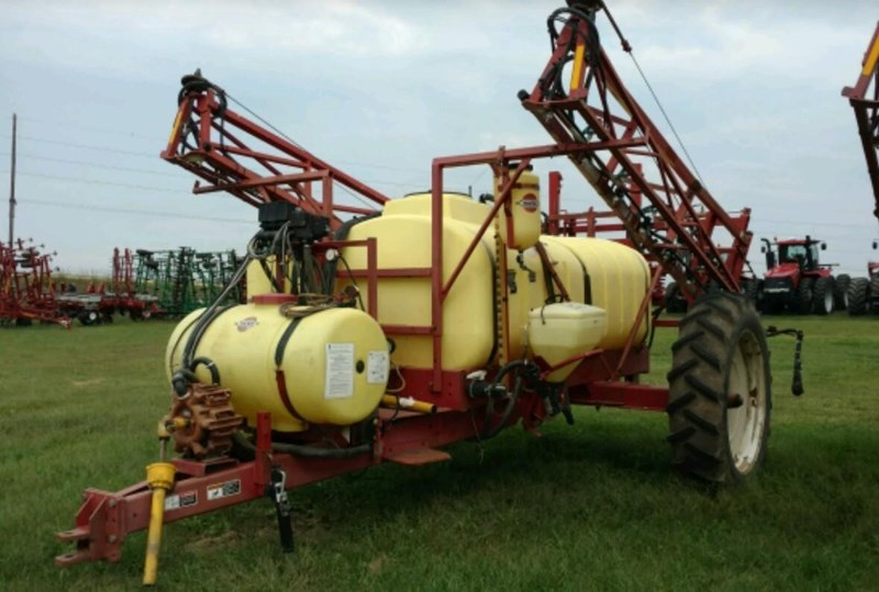 Hardi NAV1000 Sprayer-Pull Type For Sale