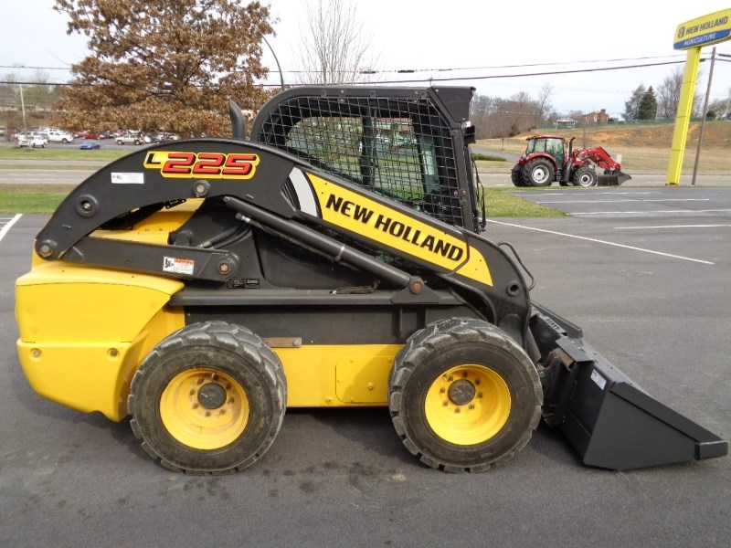 2012 New Holland L225 Skid Steer For Sale