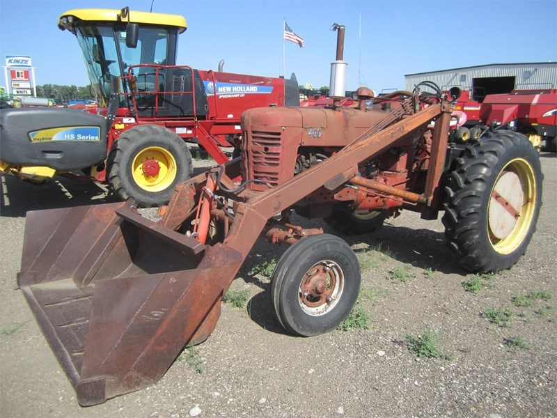 1955 International 400 Tractor For Sale
