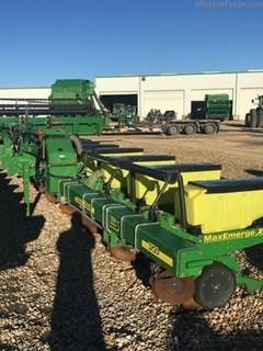 Planter For Sale:  2013 John Deere 1720