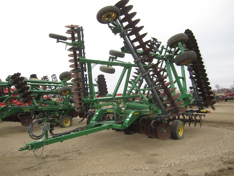 2011 John Deere 637 Disk Harrow For Sale
