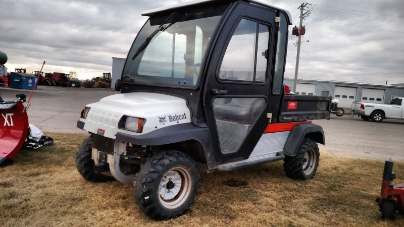 2006 Bobcat 2200G Utility Vehicle For Sale