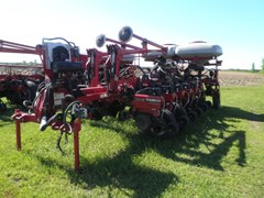 Planter For Sale 2010 Case IH 1250 16Row