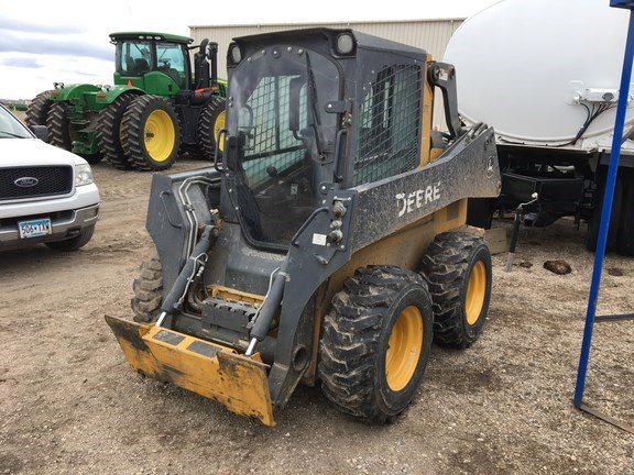 2015 John Deere 320E Skid Steer For Sale