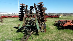 Disk Harrow For Sale:  John Deere 335