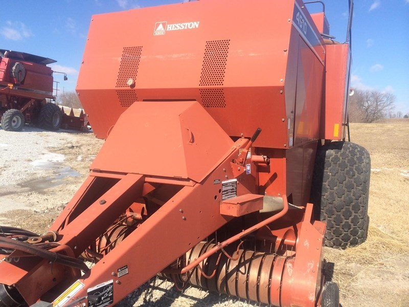 1999 Hesston 4910 Baler-Square For Sale