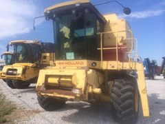 Combine For Sale 1987 New Holland TR86 , 175 HP