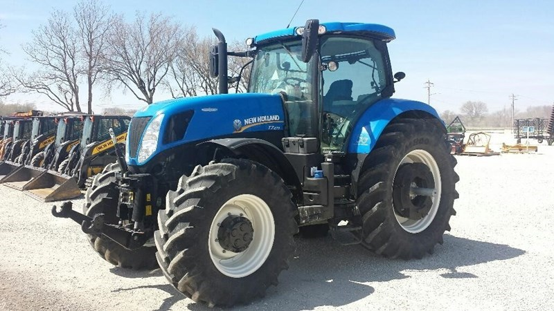 2014 New Holland T7.270 Tractor For Sale
