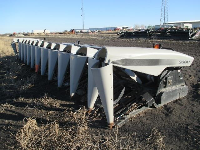 2010 Gleaner 3000 Header-Row Crop For Sale
