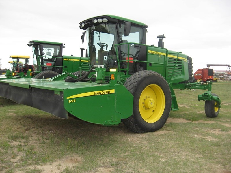 2013 John Deere R450 Windrower-Self Propelled For Sale