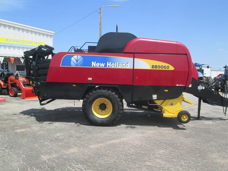 2011 New Holland BB9060 Baler-Square For Sale