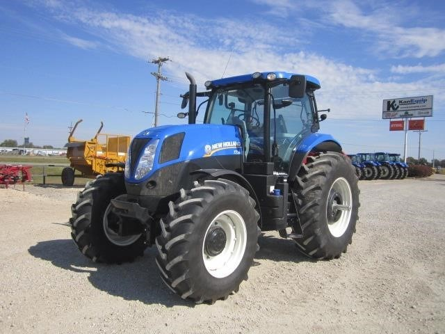 2014 New Holland T7.210 Tractor For Sale