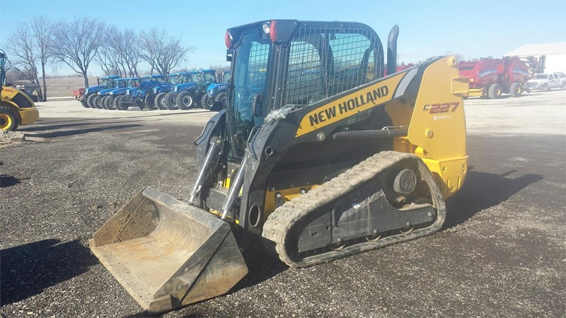 2014 New Holland C227 Skid Steer-Track For Sale