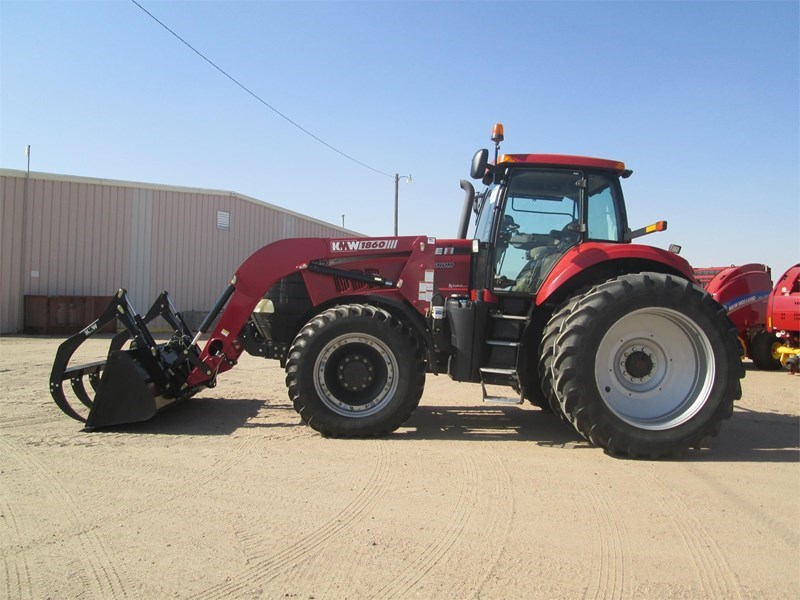 2011 Case IH MAGNUM 225 Tractor For Sale
