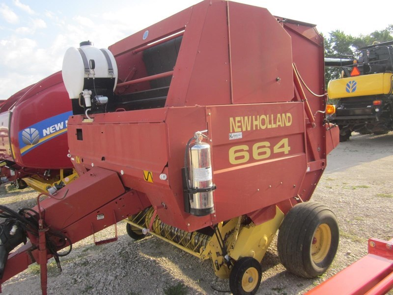 1998 New Holland 664 Baler-Round For Sale