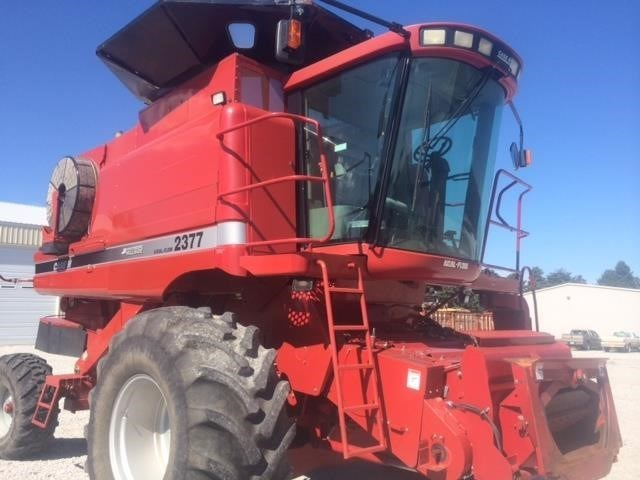 2006 Case IH 2377 Combine For Sale