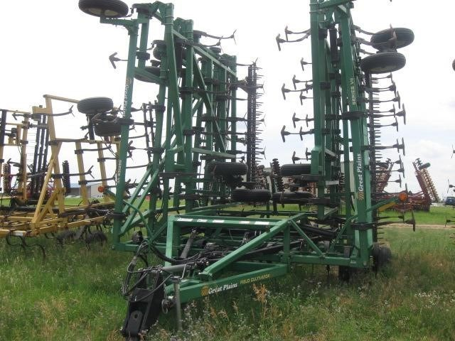 Great Plains 7560 Field Cultivator For Sale