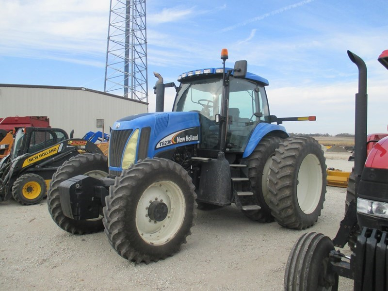 2005 New Holland TG230 Tractor For Sale