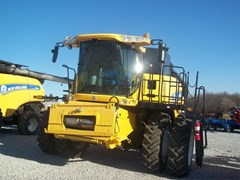Combine For Sale 2013 New Holland CR6090