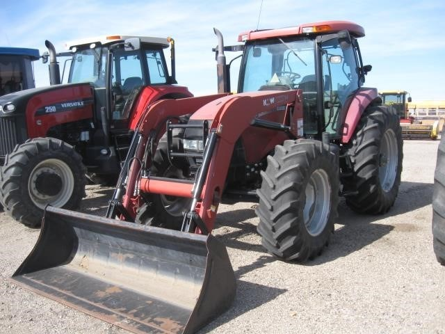 2005 Case IH MXU125 Tractor For Sale