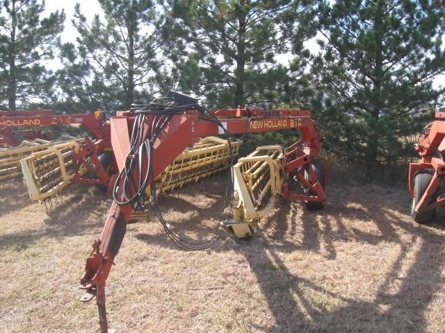 1998 New Holland 216 Tedder For Sale