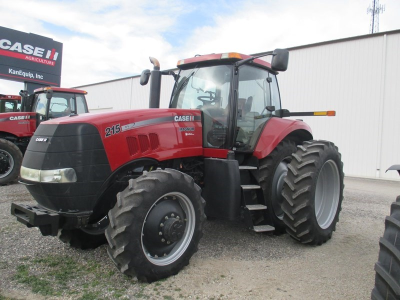 2010 Case IH MAGNUM 215 Tractor For Sale