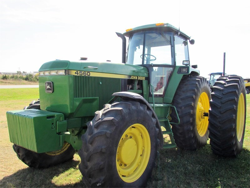 1992 John Deere 4560 Tractor For Sale