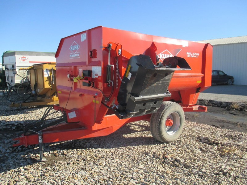 2013 Kuhn Knight RA136 Feeder Wagon-Portable For Sale