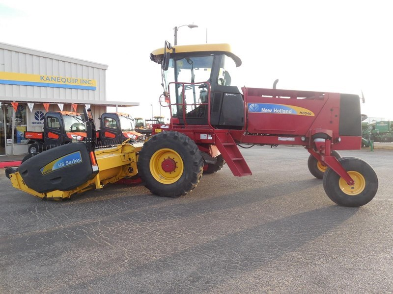 2013 New Holland H8040 Windrower-Self Propelled For Sale