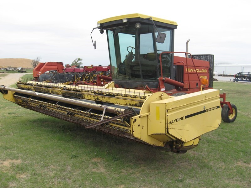 1995 New Holland 2550 Windrower-Self Propelled For Sale