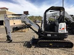 Excavator-Track :  Bobcat E35 T4