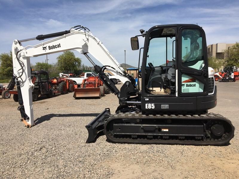 Bobcat E85 T4 Excavator-Track