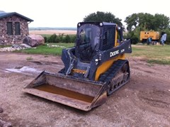 Skid Steer-Track For Sale:  2013 John Deere 323E