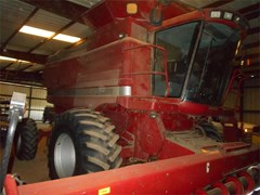 Combine For Sale 1998 Case IH 2388 , 280 HP