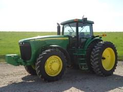 Tractor For Sale 2004 John Deere 8220 , 225 HP