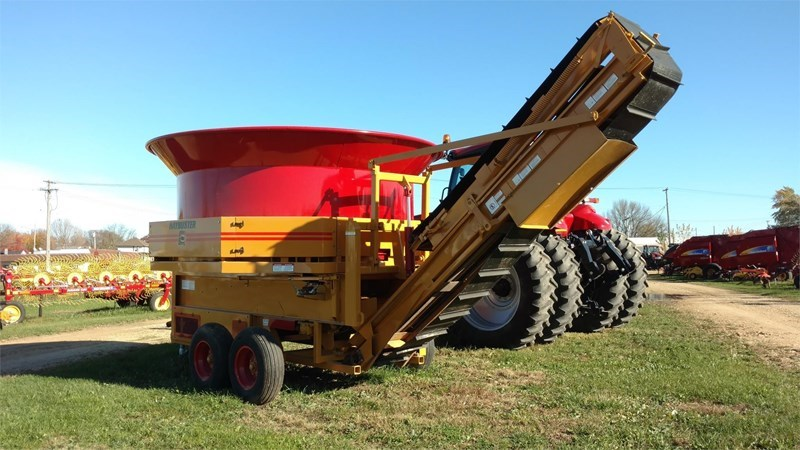 Haybuster H1100 Bale Processor For Sale