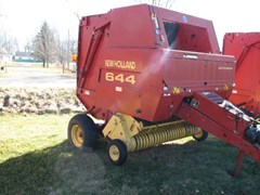 Baler-Round For Sale:  1999 New Holland 644