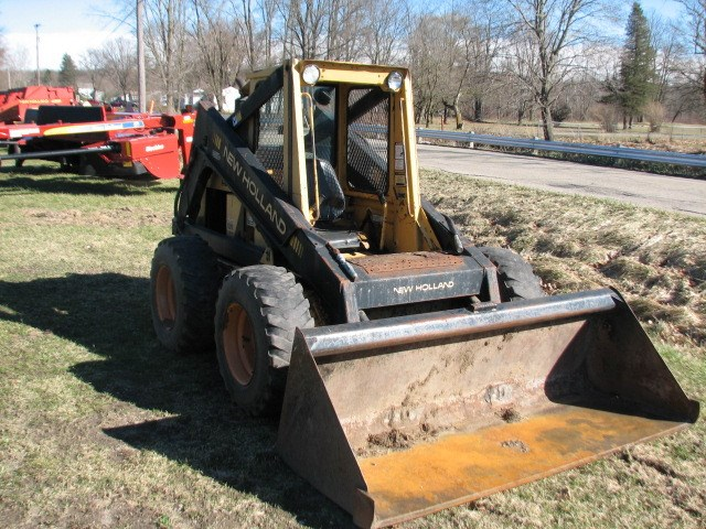 1989 New Holland L785 Skid Steer For Sale