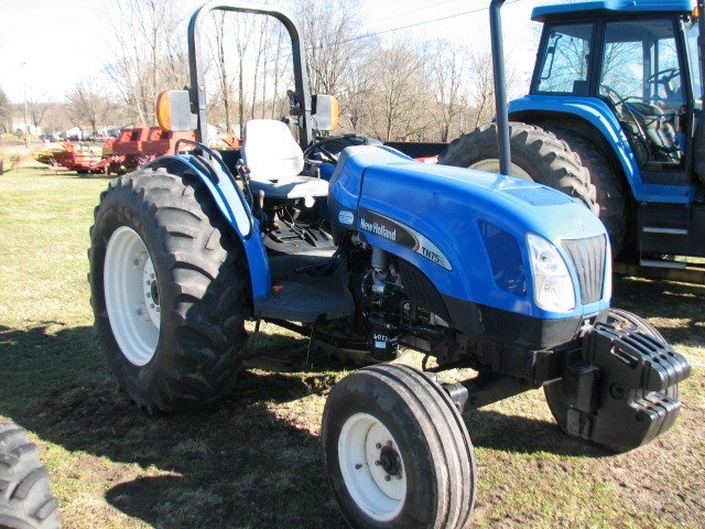 2005 New Holland TN75A Tractor For Sale