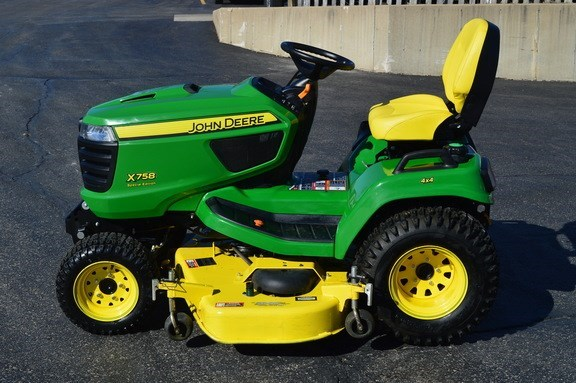 2016 John Deere X758 Riding Mower For Sale