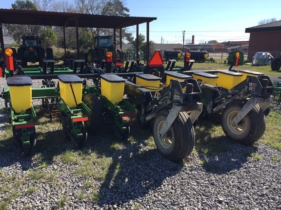 2014 John Deere 1700 Planter For Sale