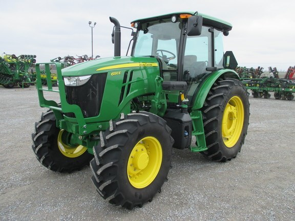 2016 John Deere 6120E Tractor For Sale