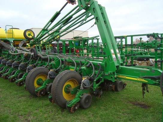 2008 John Deere 1770NT Planter For Sale