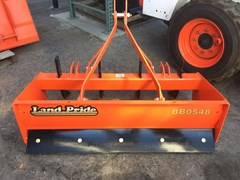 Scraper-Pull Type :  Land Pride BB0548