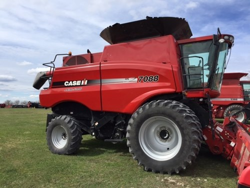 Combine For Sale:  2012 Case IH 7088