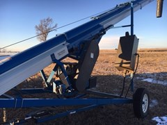 Auger-Portable For Sale:  2011 Brandt 1545 W/MOVER