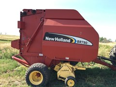 Baler-Round For Sale:  2006 New Holland BR780A