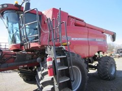 Combine For Sale:  2008 Case IH 7010 , 350 HP